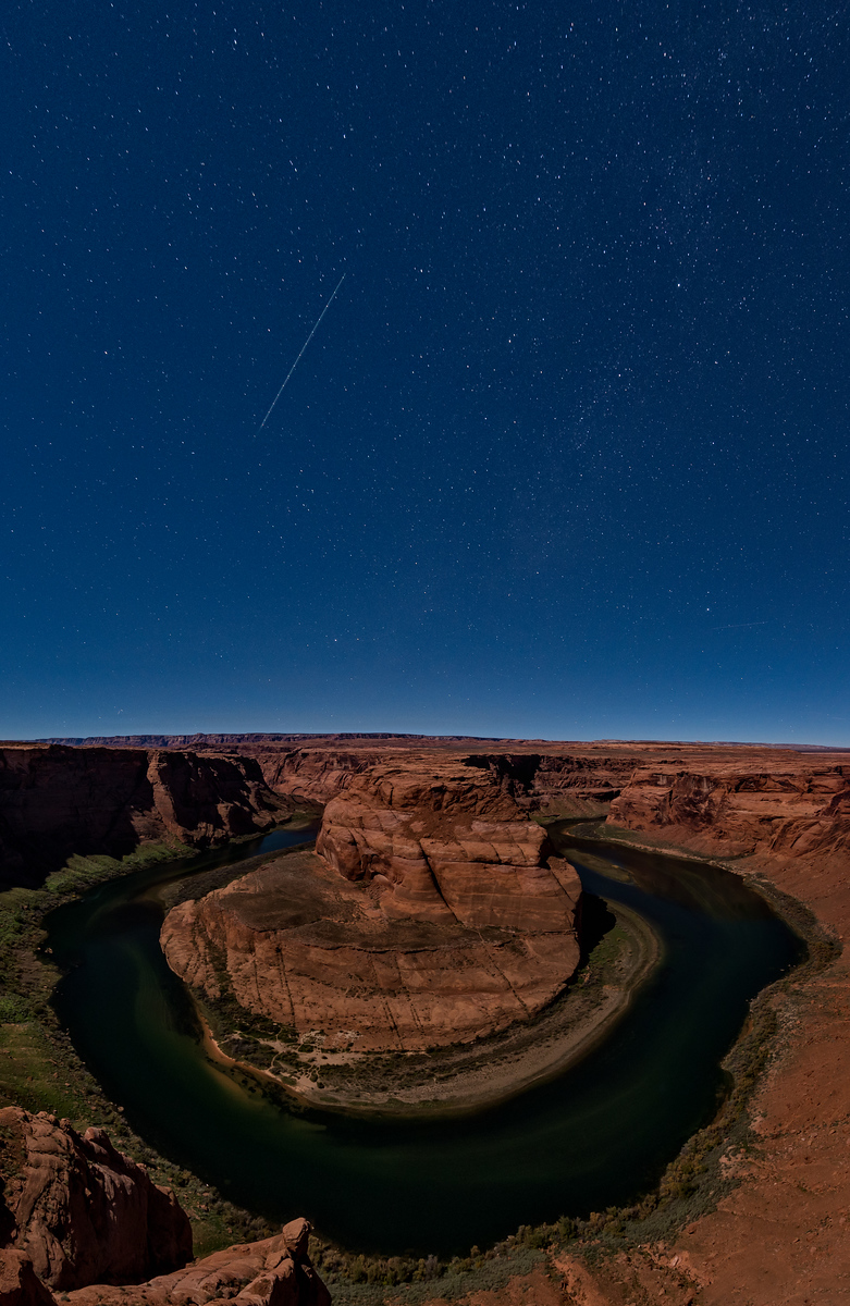 horse shoe bend page arizona moonrise