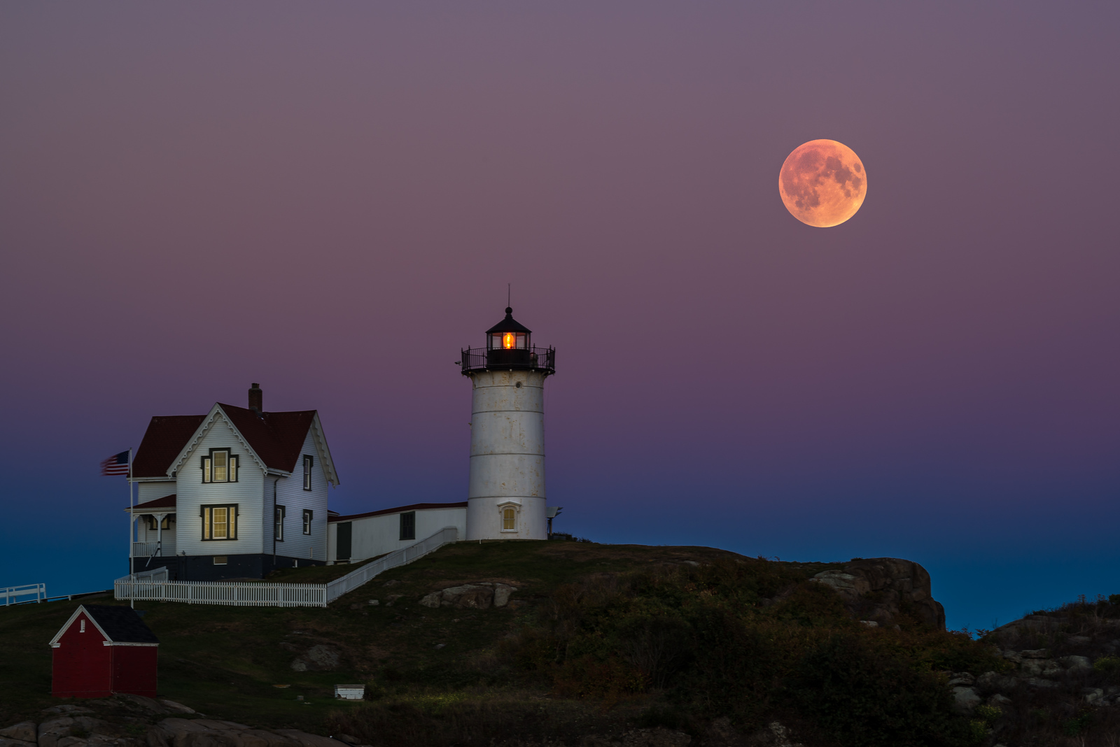 blood moon in nubble lighthouse, york